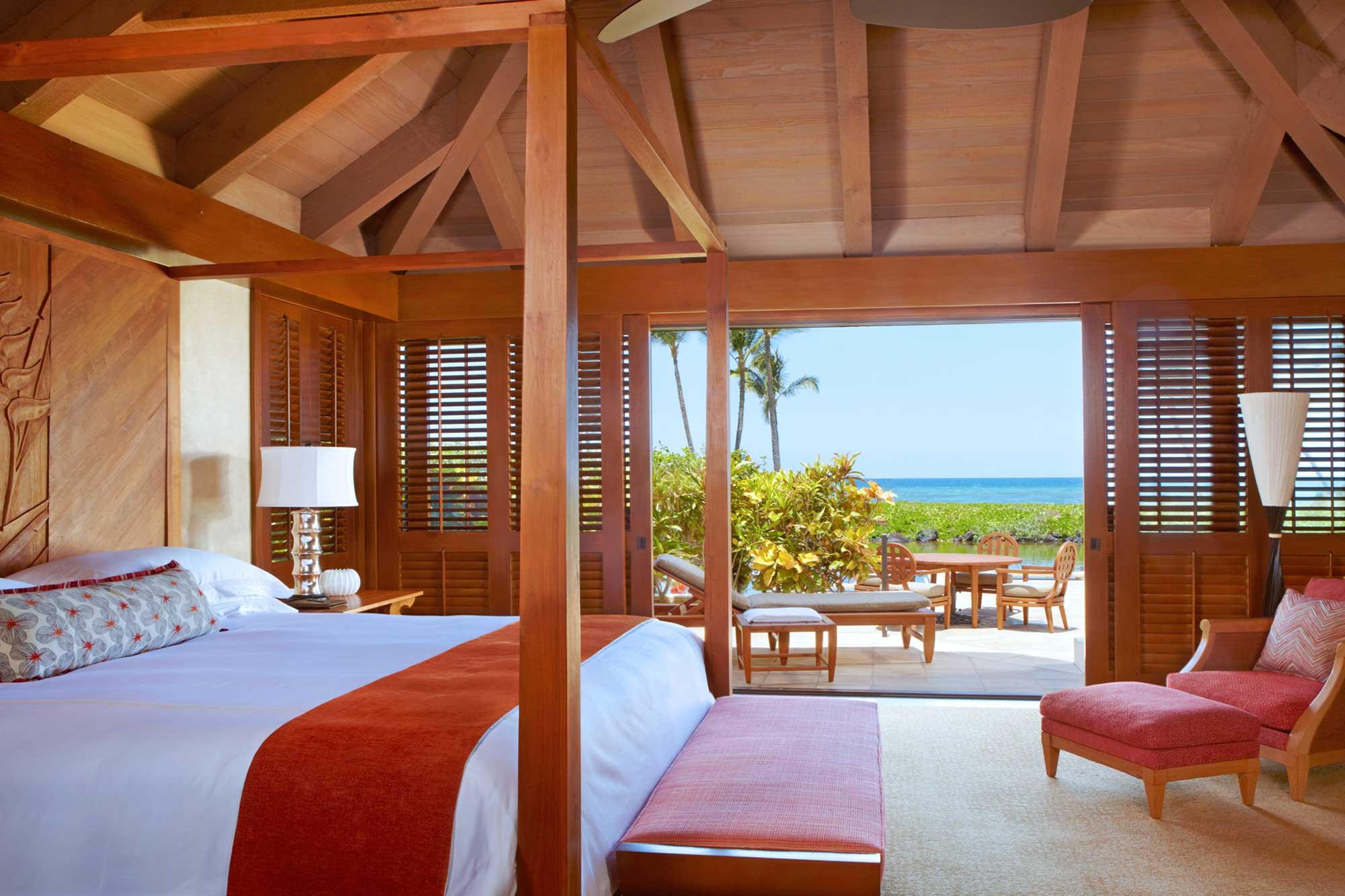 Mauna-Lani-Ocean-Front-Bungalow-Bedroom