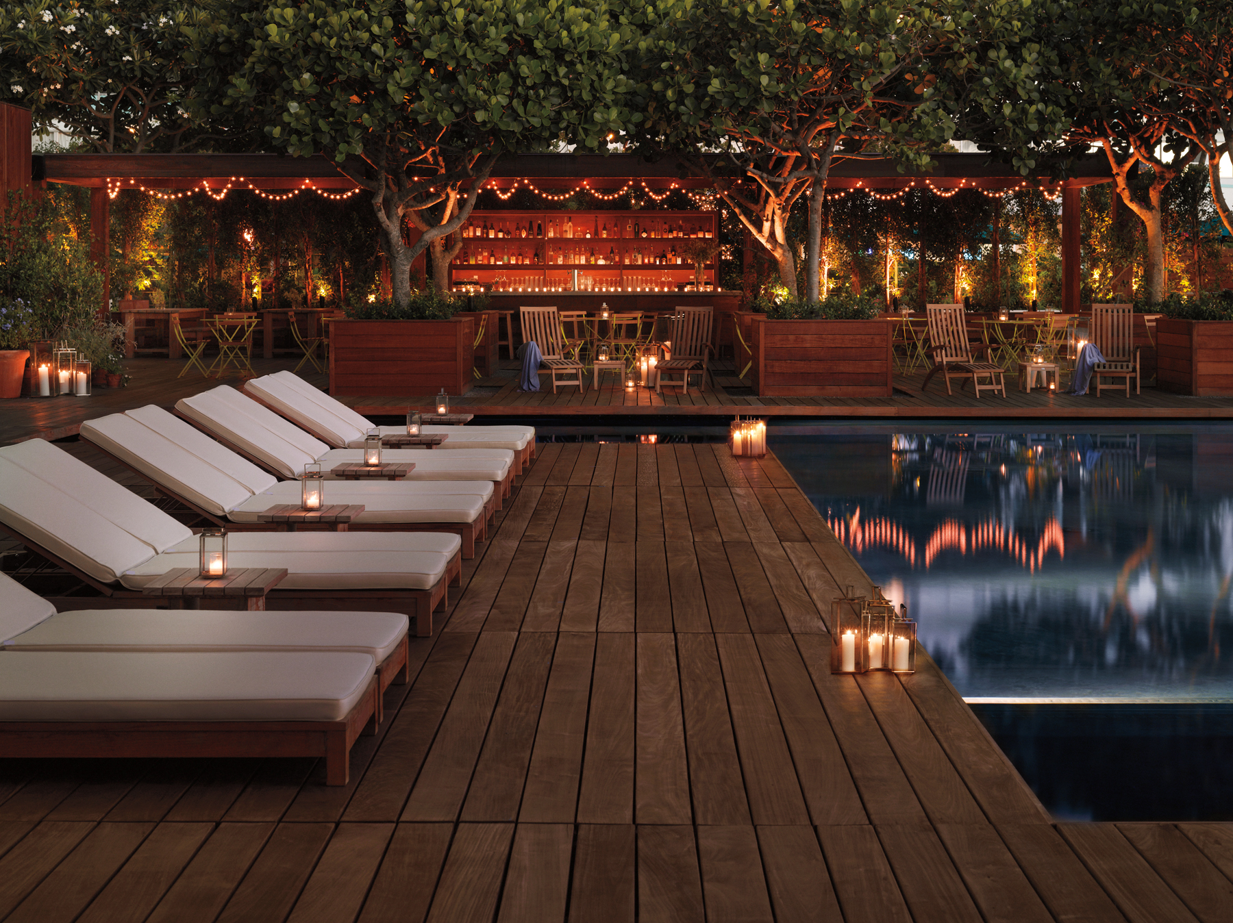 The-Modern-Sunrise-Pool