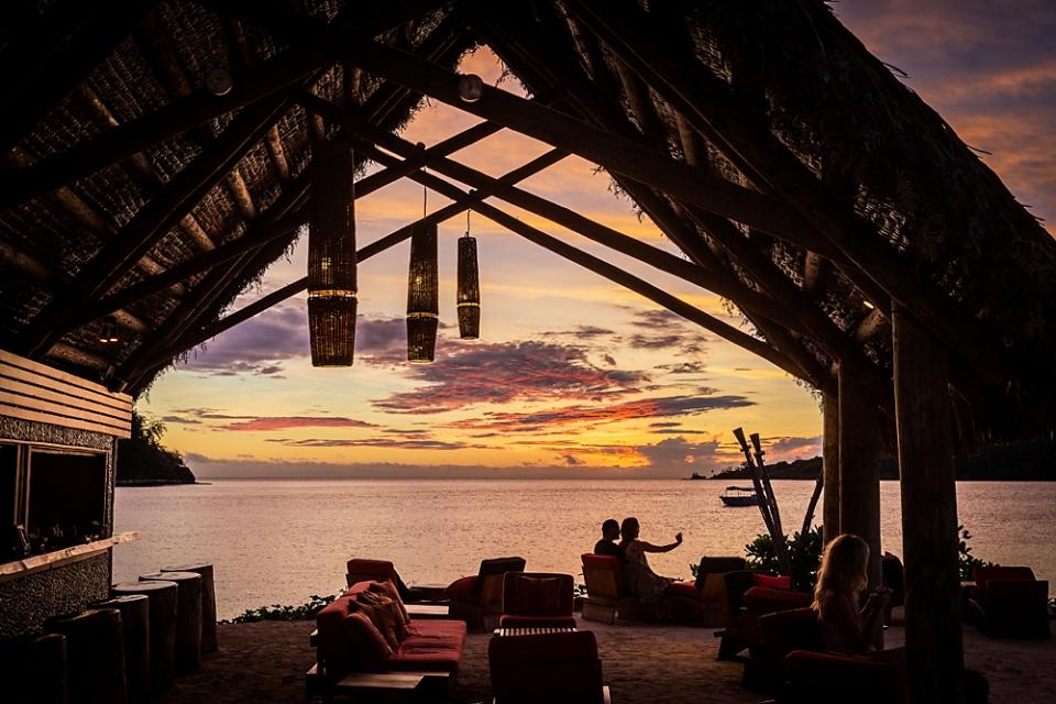 Likuliku-Sunset-Masima-Island-Bar