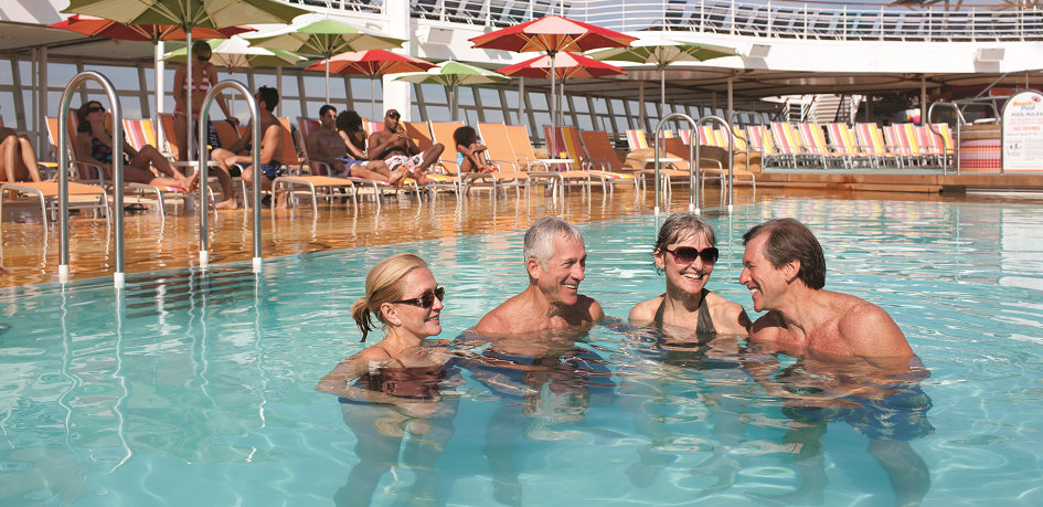 Couples-in-pool