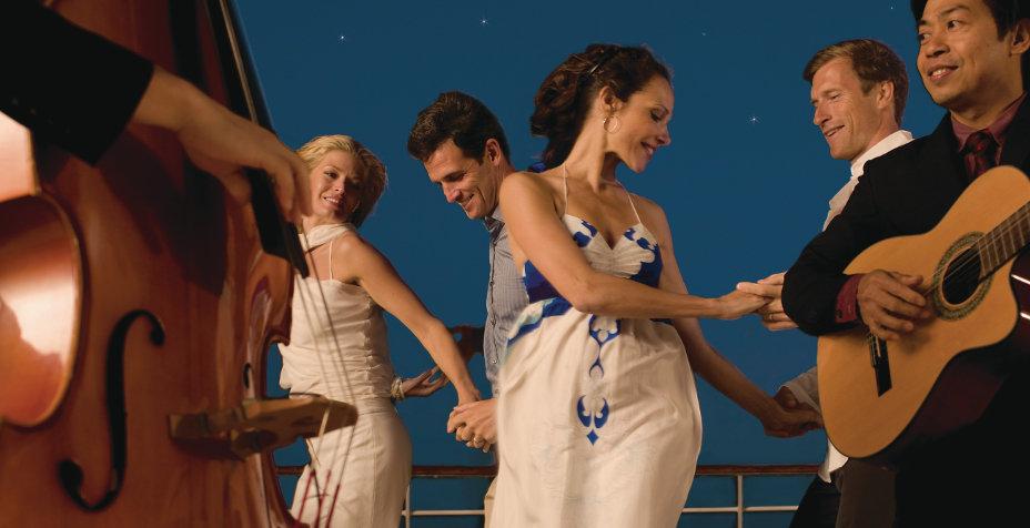 Music-on-Deck-Seabourn