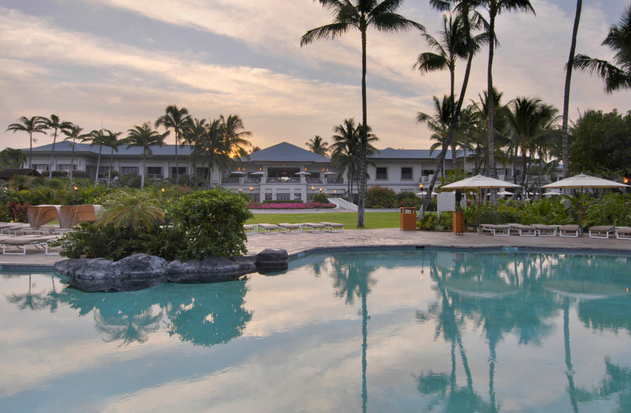 Fairmont-Orchid-Poolressized