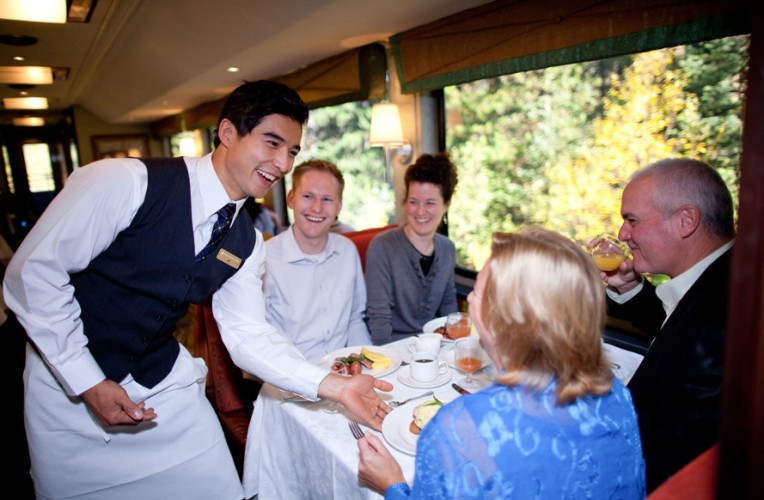 Rocky-Mountaineer-Dining-scaled-e1444356904712