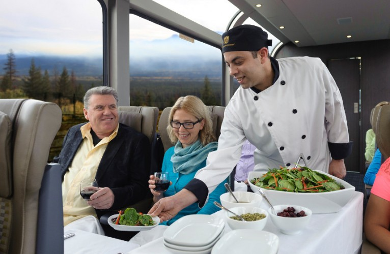 Rocky-Mountaineer-SilverLeaf_Service-scaled-e1444356607755