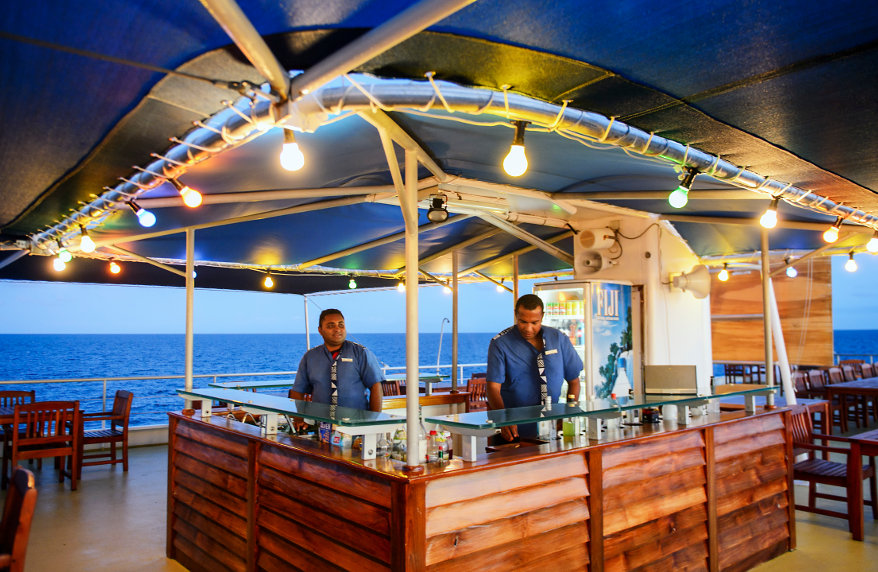 Blue-Lagoon-Bar