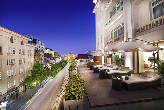 LOpera-Hotel-Terrace