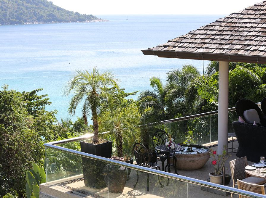 Villa-Amanzi-Phuket-View-Bedroom