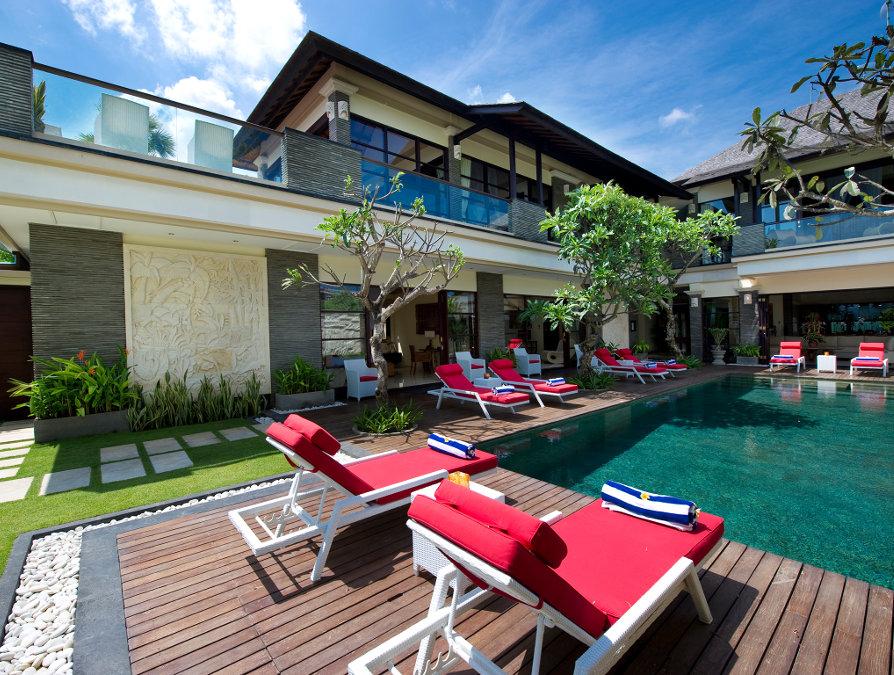Villa-Le-Ga-Seminyak-Pool-2