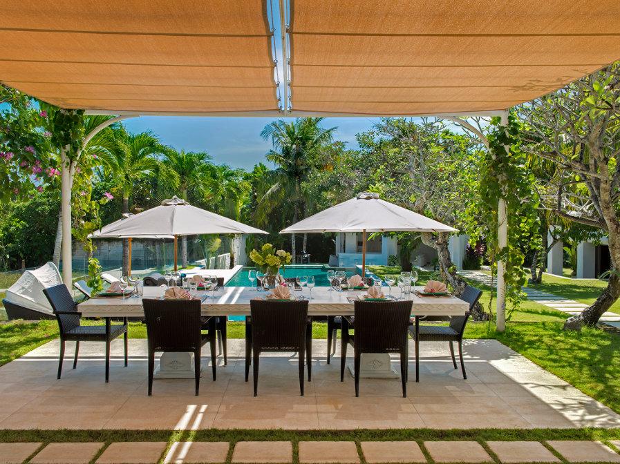 Villa-Manis-Canggu-Dining