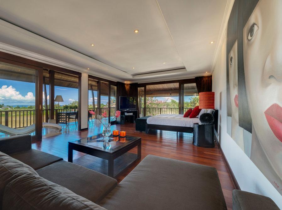 Villa-Manis-Canggu-Master-Bedroom
