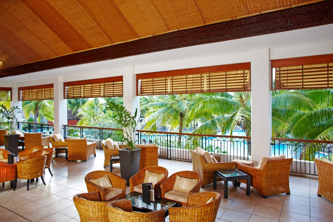 Sofitel-Fiji-Breeze-Bar-lounge