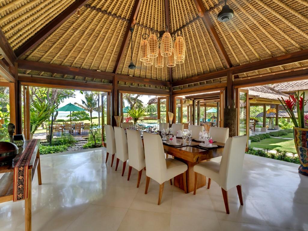 Villa-Ombak-Laut-Dining-room