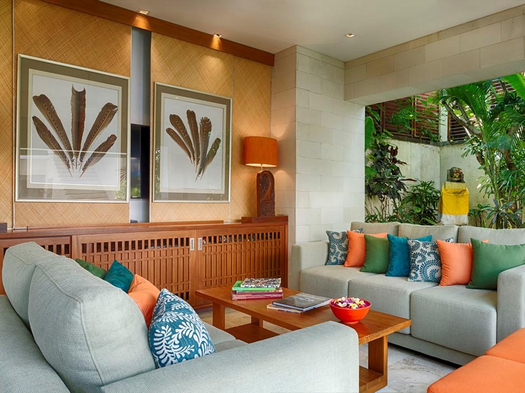 Villa-Shinta-Dewi-Open-living-spaces
