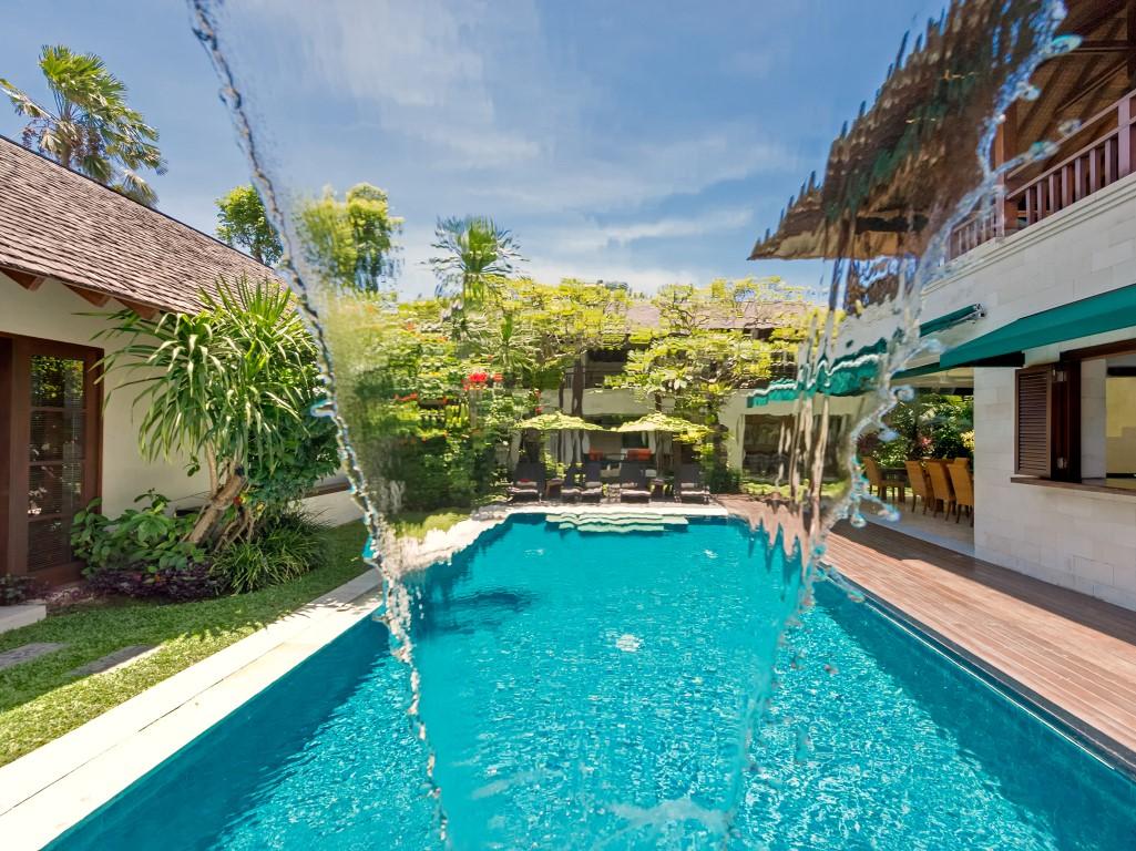 Villa-Shinta-Dewi-Waterfall