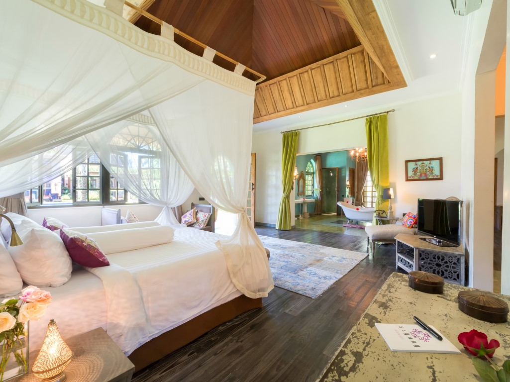 Villa-Sayang-dAmour-Sensation-room