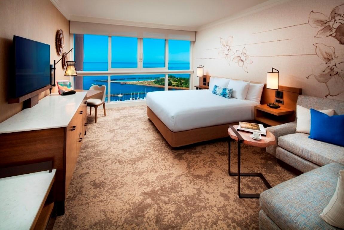Ala Moana Hotel Suite