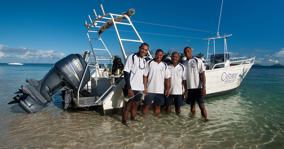 Castaway-Staff-and-Boat