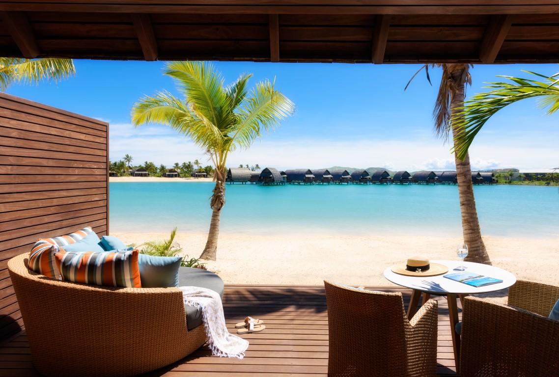 Momi-Bay-Duplex-Lagoon-Bure-Deck