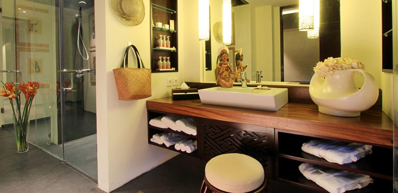 samabe-ocean-front-suite-bathroom