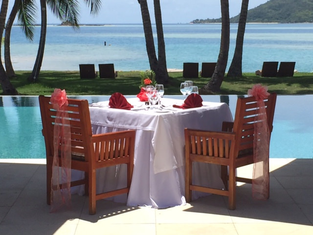 Tropica-outdoor-dining