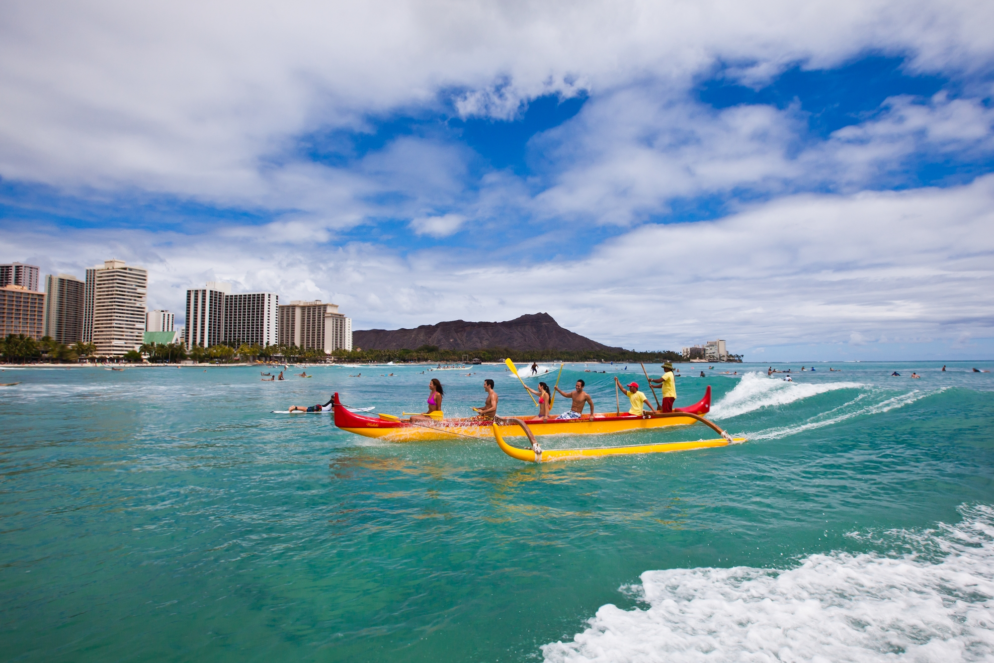 Hawaii-Tourism-Canoeing
