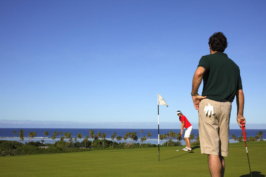 Intercontinental-Fiji-Couples-Golf