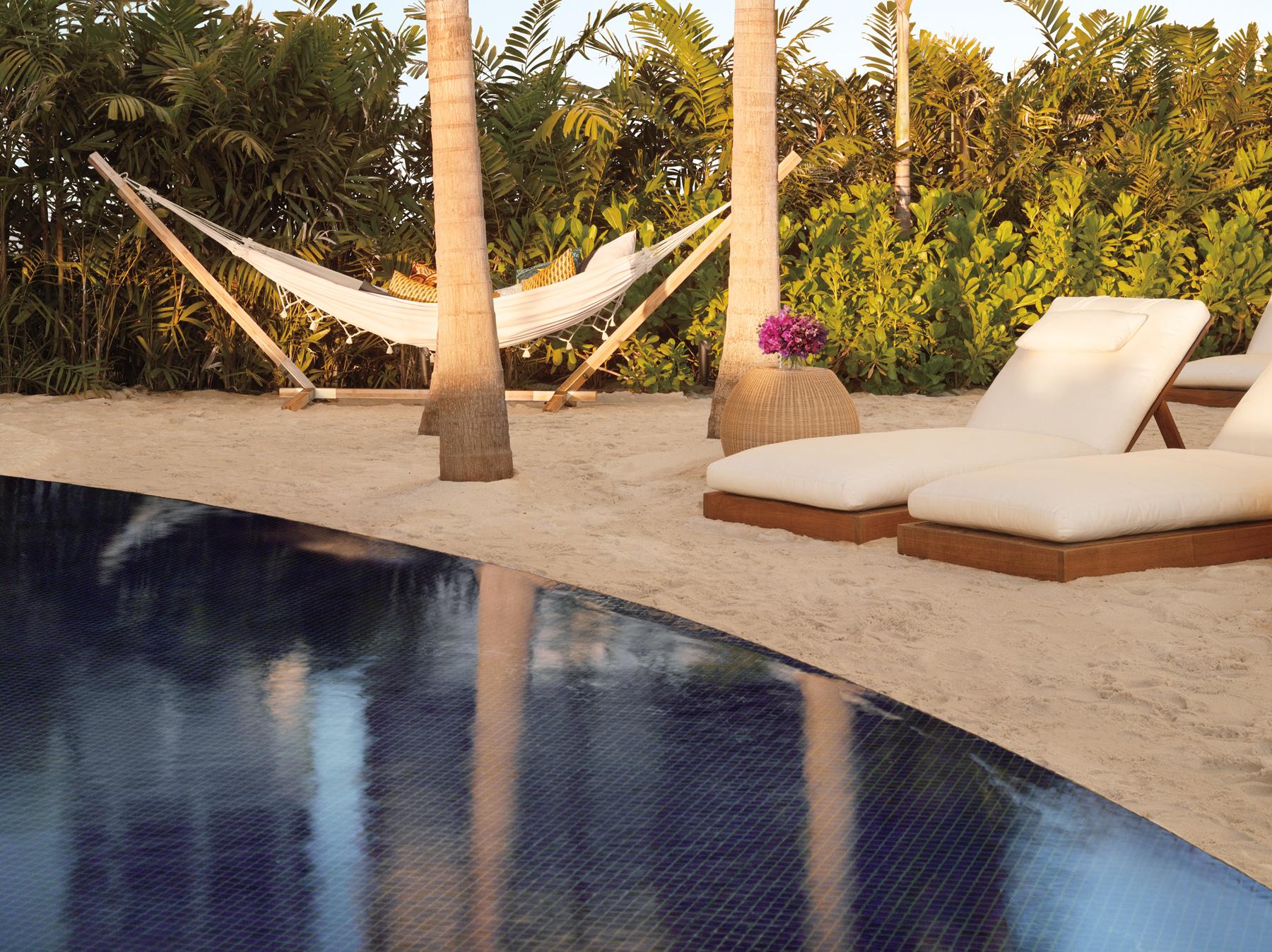 The-Modern-Sunset-Pool