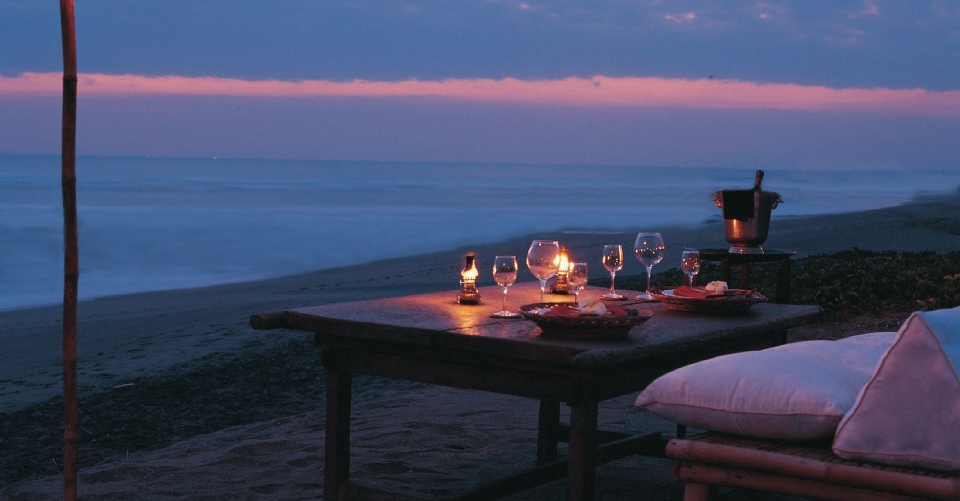 Tugu-Fullmoon-Beach-BBQ