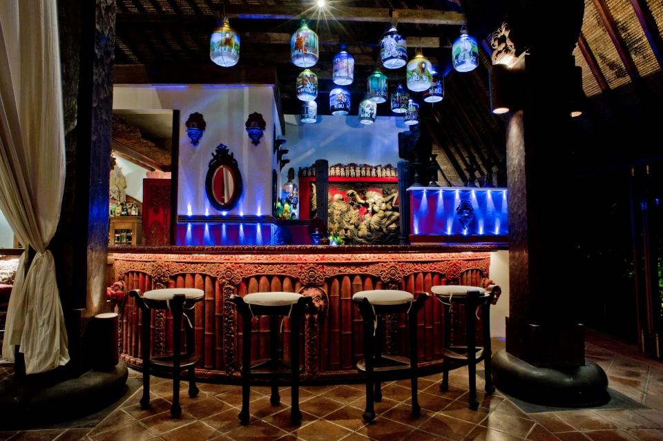 Tugu-Lobby-Bar