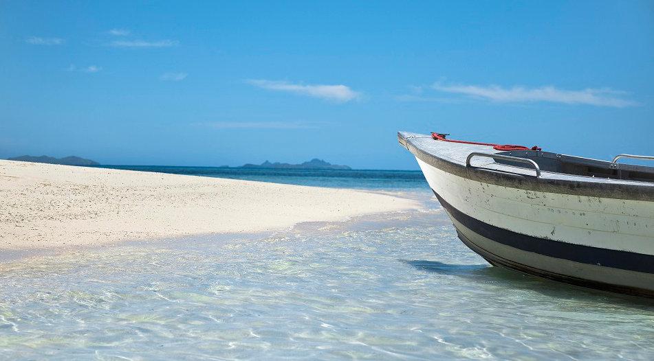 VOMO-Boat-on-Beach