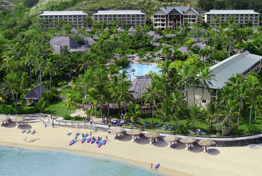 Outrigger-Aerial-Adult