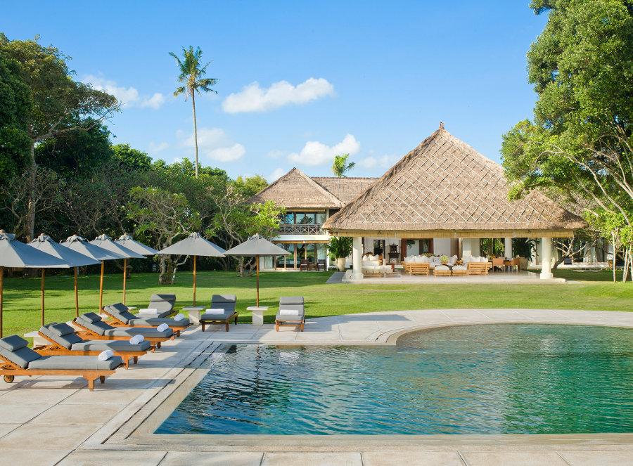 Villa-Atas-Ombak-Seminyak-Swimming-Pool