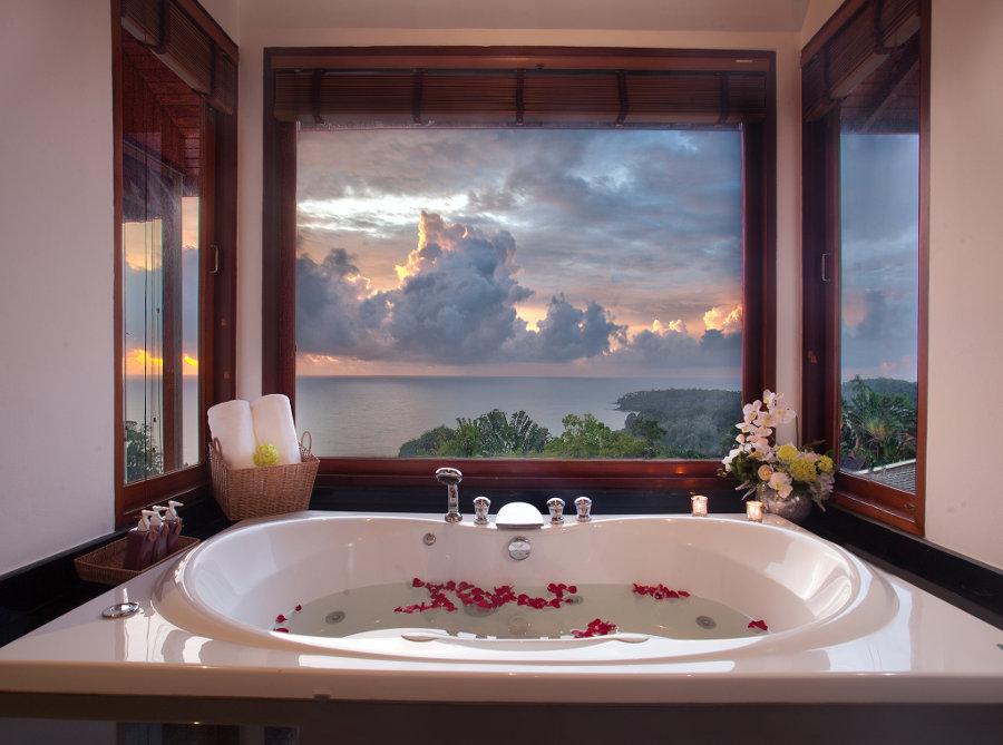 Villa-Baan-Bon-Khao-Phuket-Bath