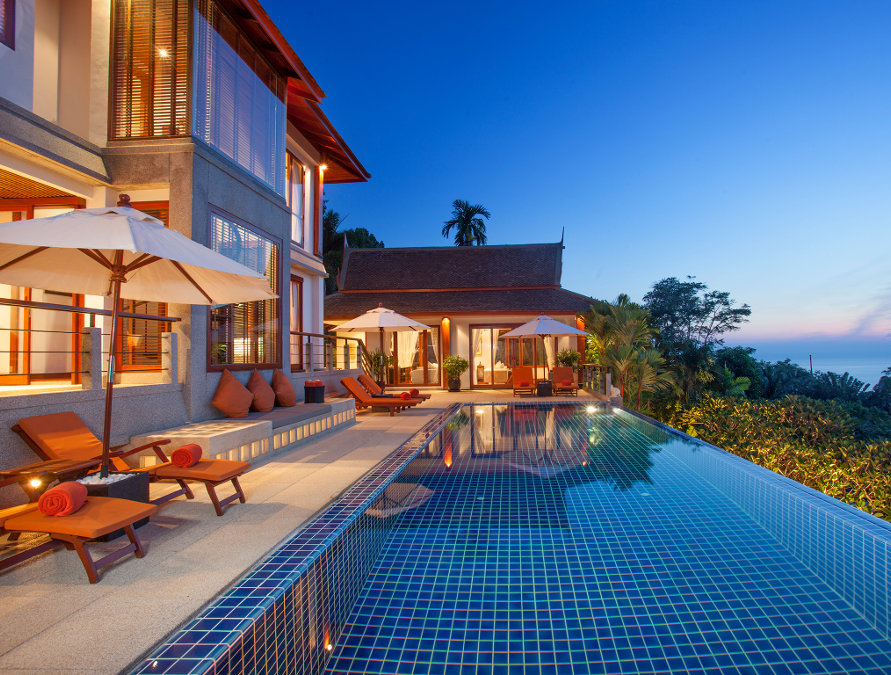 Villa-Baan-Bon-Khao-Phuket-Pool-and-villa-at-dusk