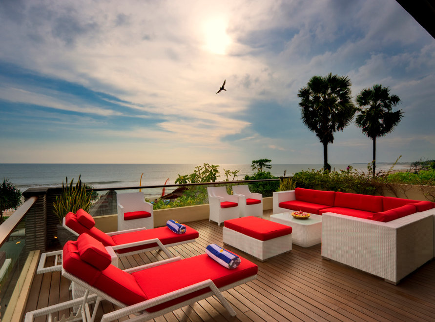 Villa-Le-Ga-Seminyak-Outside-Deck