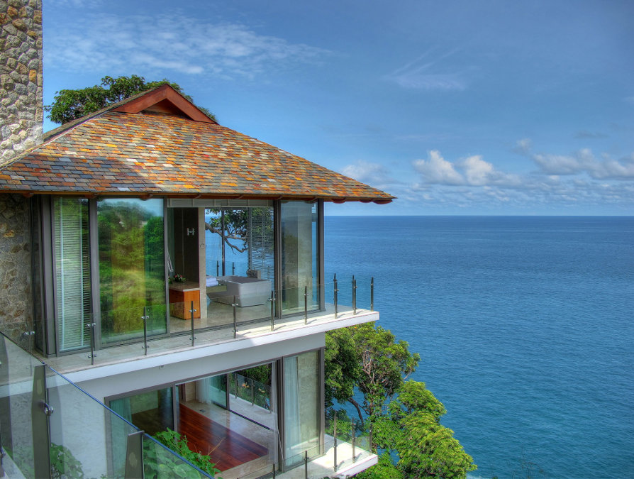Villa-Minh-Phuket-Veiw-from-Living-Room-Looking-Through-Bedrooms