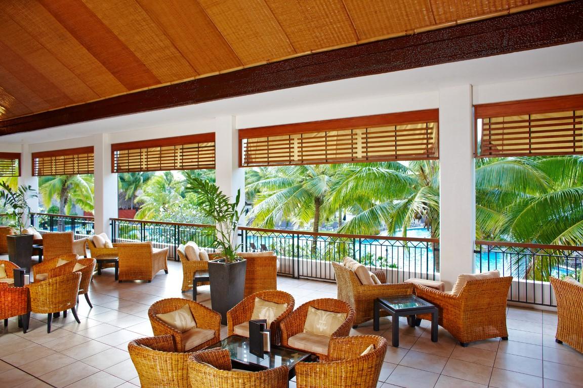 Sofitel-Fiji-Breeze-Bar-lounge