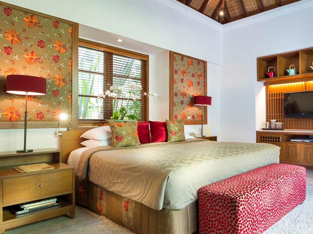 Villa-Shinta-Dewi-Alamanda-master-suite-detail