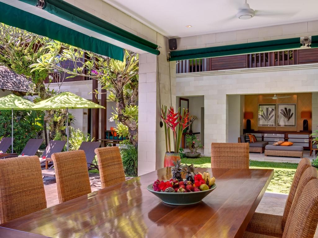 Villa-Shinta-Dewi-Dining