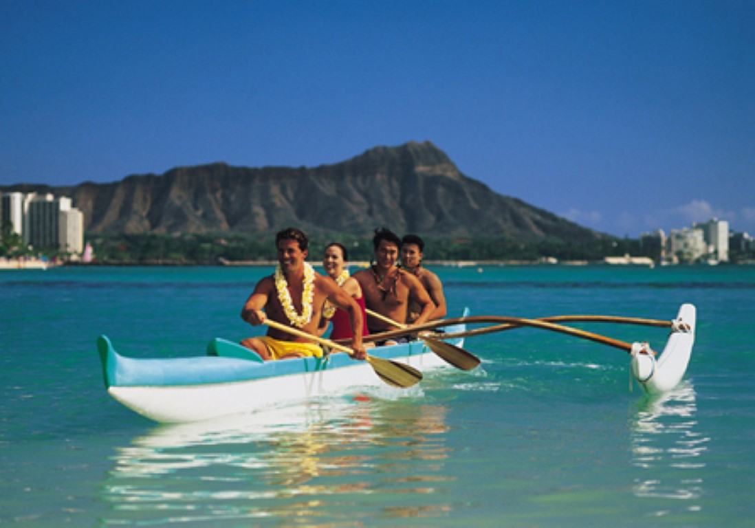 HiltonHawaiianVillage_Canoe_FP