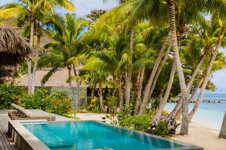 Kokomo-Pool-and-beach-2
