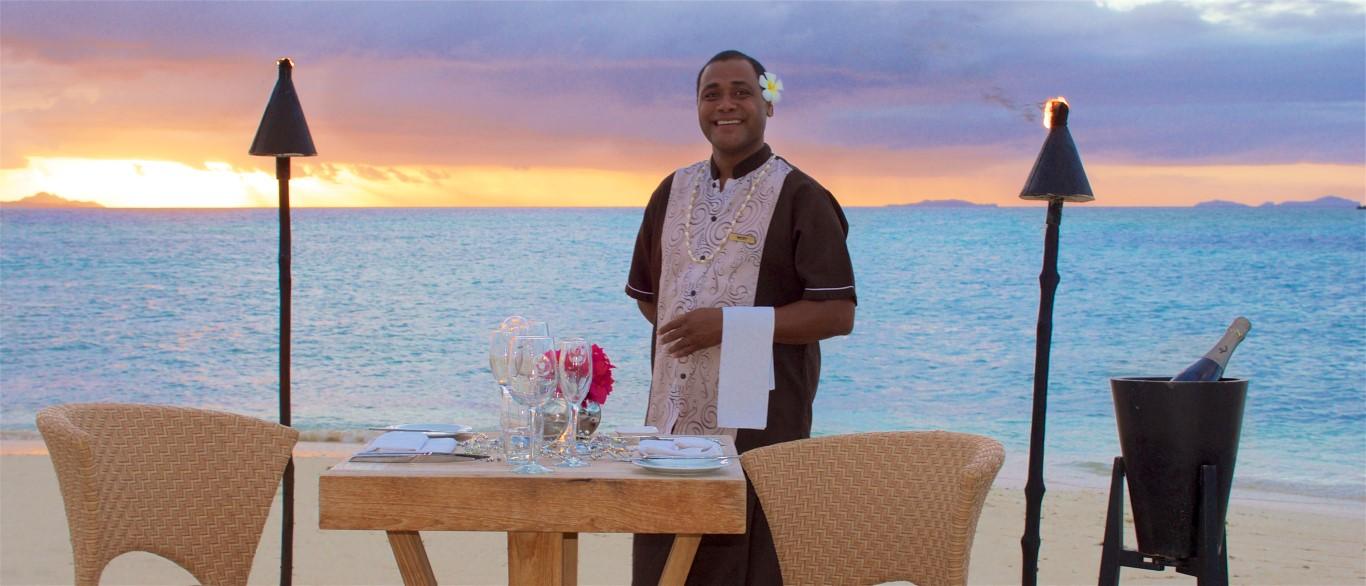 Vomo-private-sunset-dining