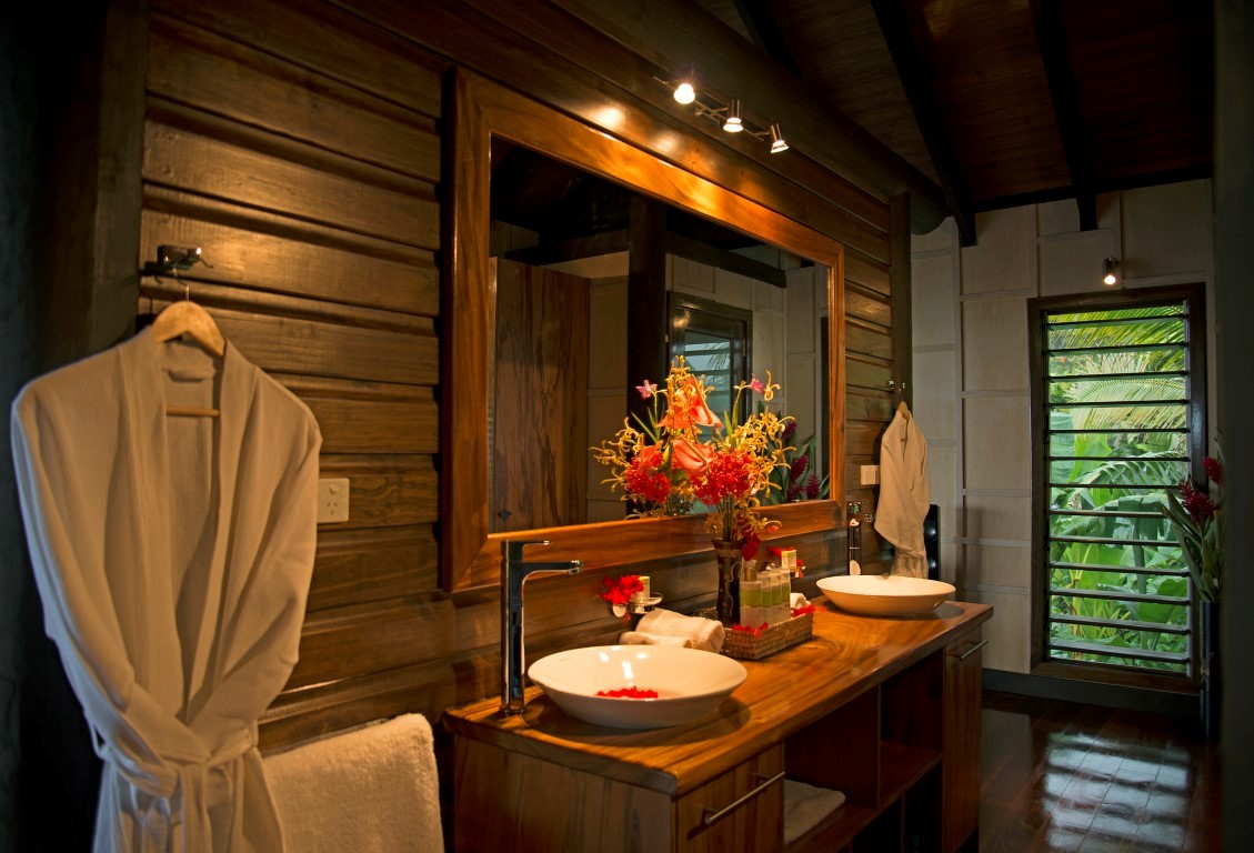 Emaho-Sekawa-Bathroom