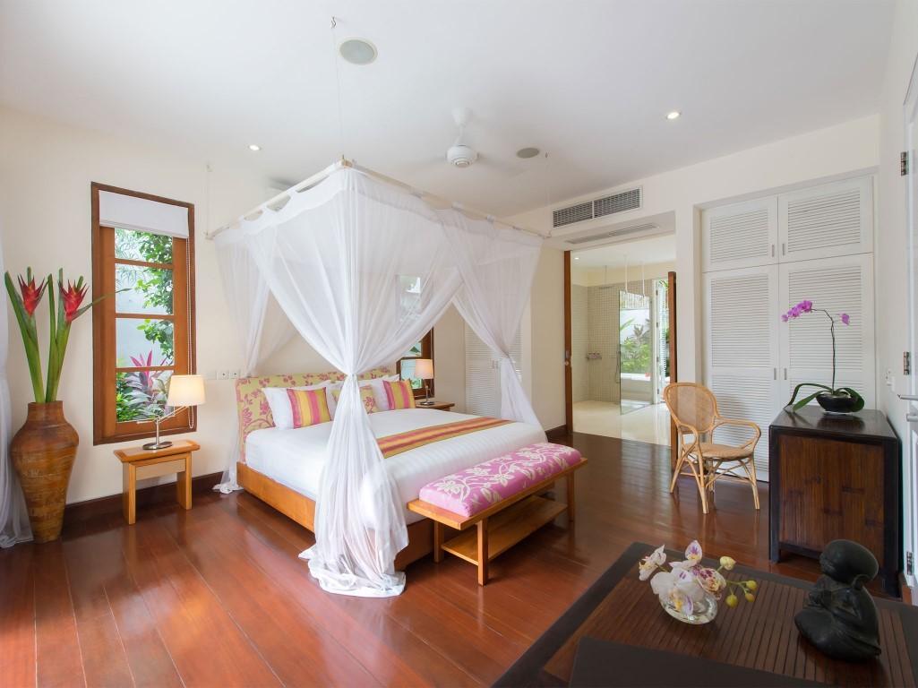 Villa-Jajaliluna-master-bedroom