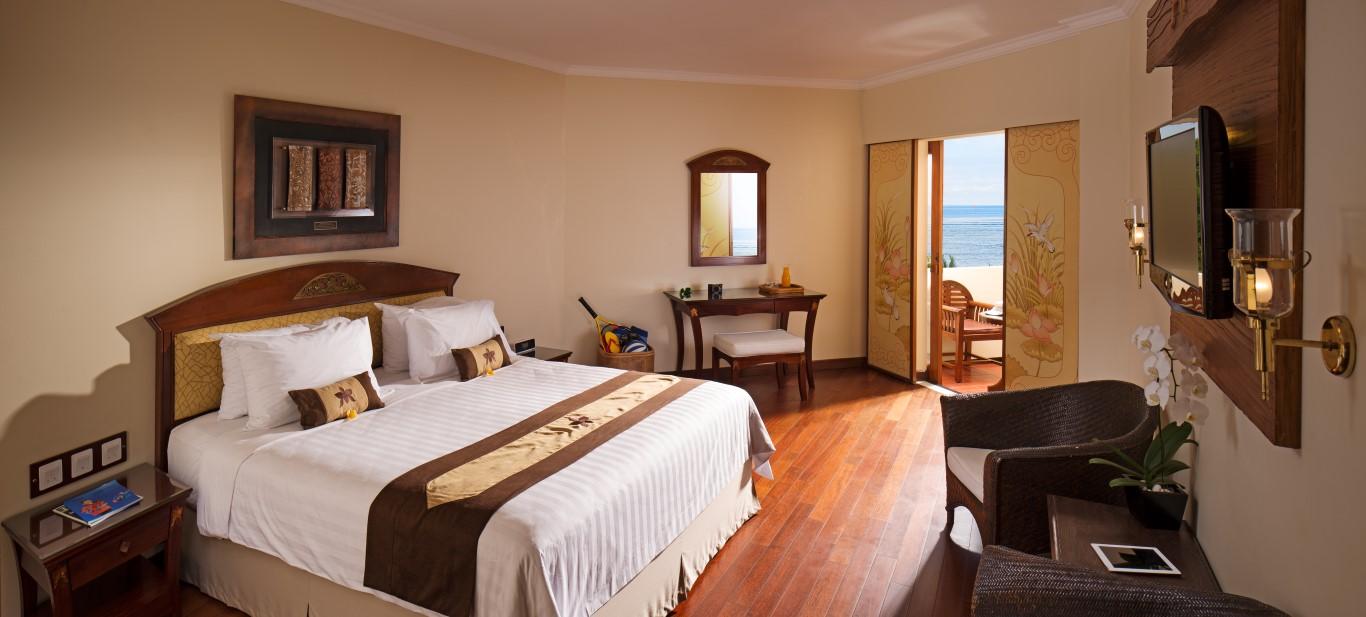 Grand-Mirage-Deluxe-ocean-view-room