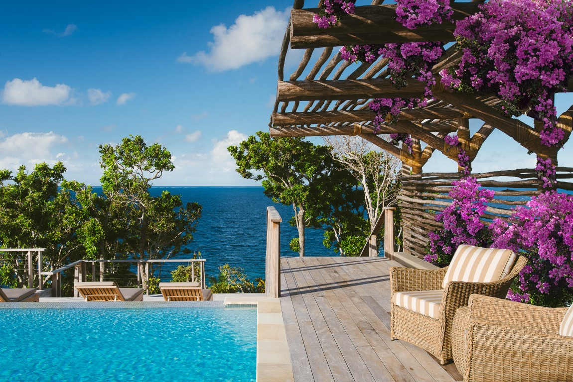 Kokomo-Residence-flowers-by-pool