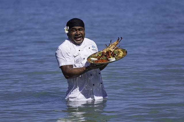 Tropica-seafood-platter