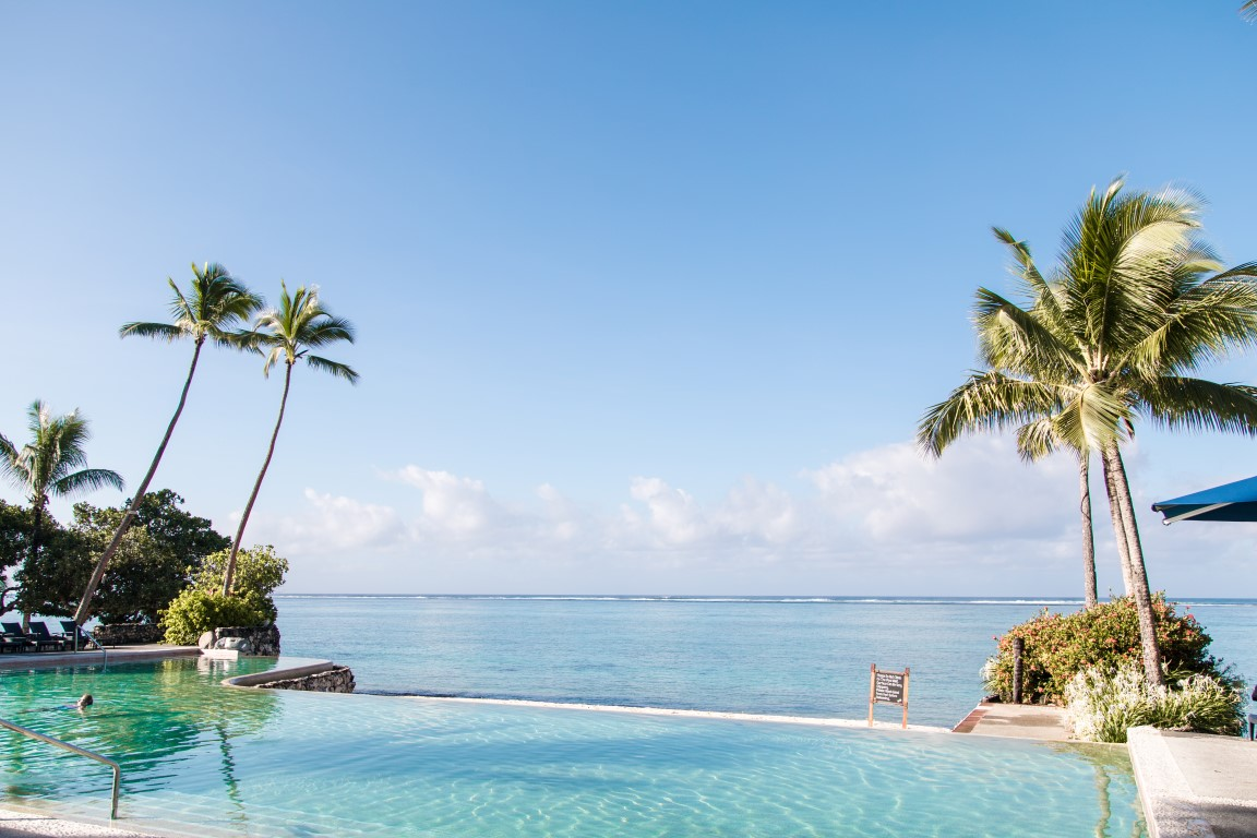Shangrila-Fiji-Adult-Only-Reef-Infinity-Pool