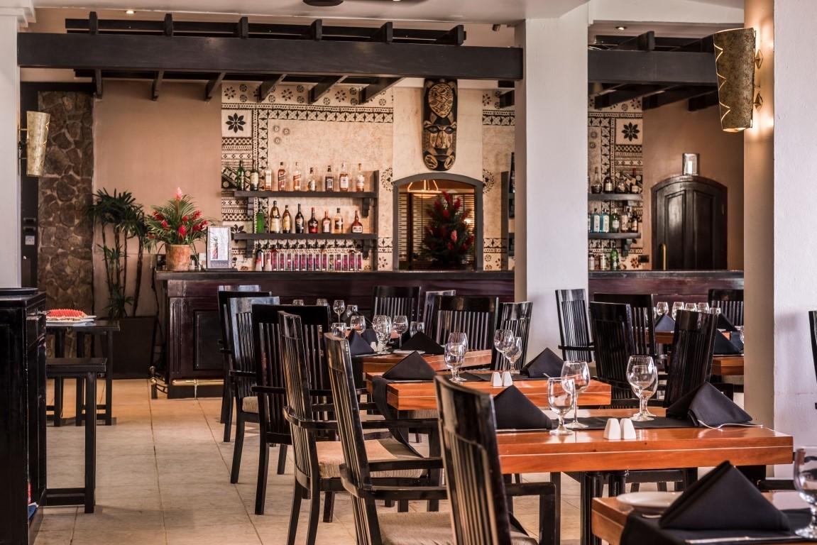 Warwick-Fiji-Restaurant