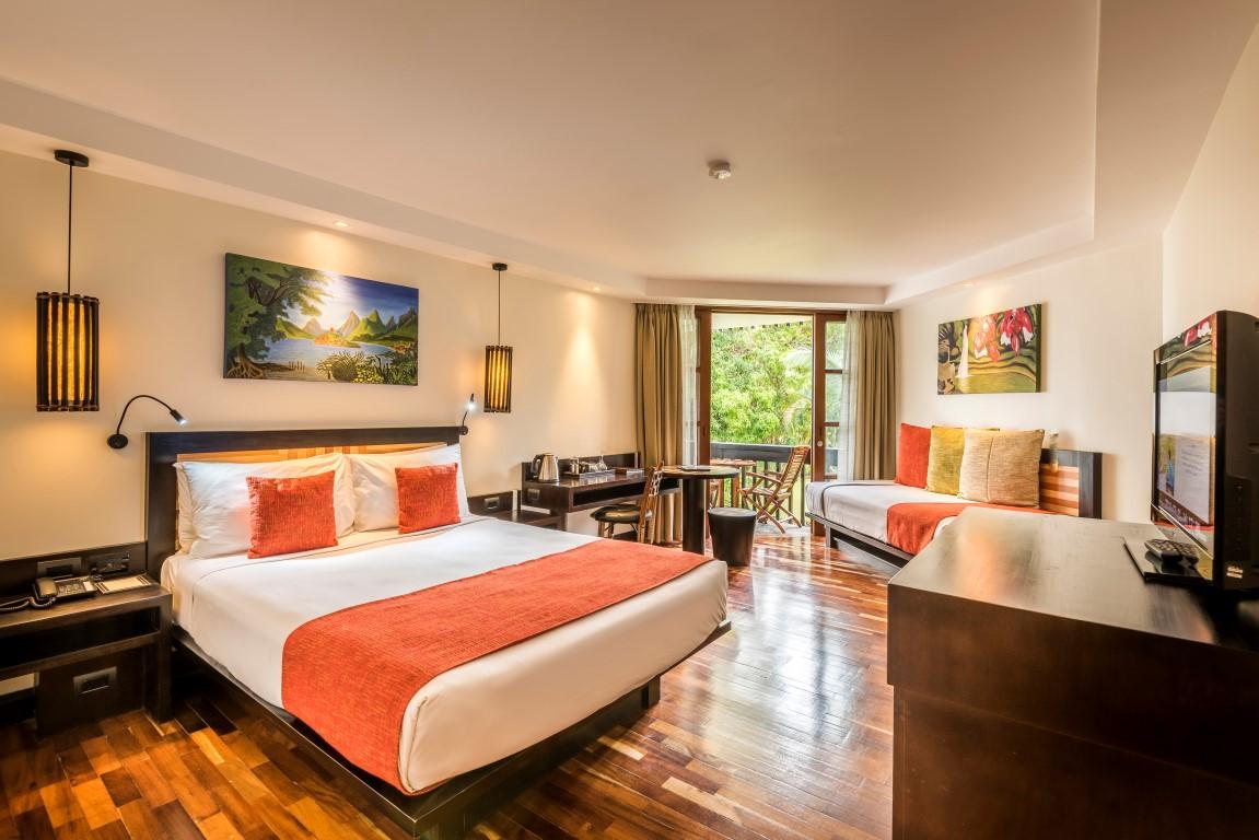 Warwick-Fiji-ocean-view-room